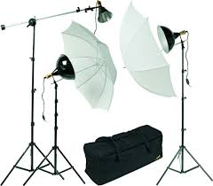 cheap umbrella lighting kit behind the lens effective lighting kits don t have to be expensive