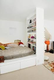 agencement chambre à coucher 1001 idées comment aménager une chambre mini espaces