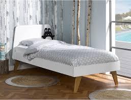 chambre style nordique lits enfants style nordique la collection scandi s agrandit