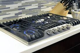 Jenn Air 36 Gas Cooktop Kitchen The Frigidaire Gallery 36 Gas Cooktop Fggc3645qs Cooktops