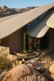 modern desert home design if it u0027s hip it u0027s here archives the paragon of modern organic