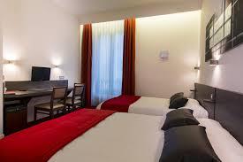 hotel lyon chambre 4 personnes hotel la résidence rhône