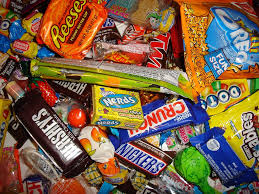 the halloween candy dilemma 3 years later happy healthy mama