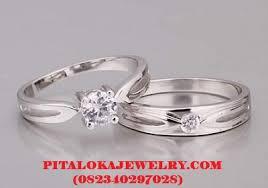 model cincin berlian mata satu tren model cincin tunangan di tahun 2018 ini pitalokajewelry