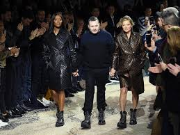 moss and kate moss and cbell walked the runway together for