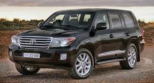 toyota uxs facelifted 2013 toyota land cruiser 5 7 v8 announced for the u s