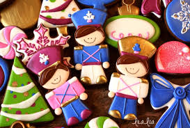 how to make tin soldier decorated cookies for christmas lilaloa