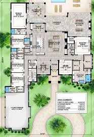 mediterranean house plans with courtyard mediterranean house plans with courtyard in middle inspirational 85