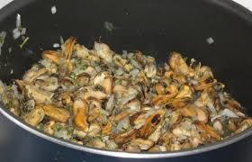 cuisiner des moules au vin blanc moules marinières pour les pressé e s recette dukan pp par