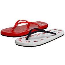 amazon com zigi soho s amazon com sugar s flip flap solid lobster sandal flat