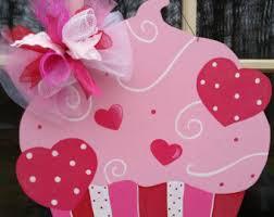 valentines door decorations door hanger wreathvalentine cupcake door