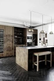 cuisine sol noir les cuisines noires et bois soul inside