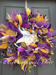 minnesota vikings home decor minnesota vikings decomesh purple yellow polkadot burlap nfl