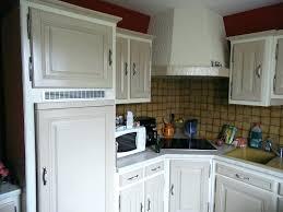 repeindre une cuisine en chene vernis renover cuisine en chene cethosia me