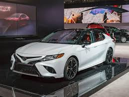 toyota line of cars 2018 toyota camry new take on an old standby kelley blue book