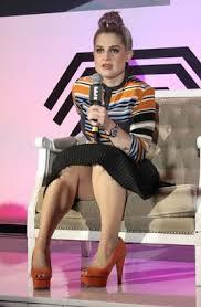 photos celebrity wardrobe malfunctions abc news kelly osbourne s wardrobe malfunction picture photos celebrity