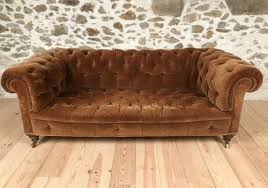 canapé chesterfield ancien canapé chesterfield ancien velours marron caramel