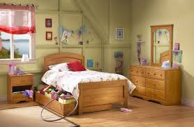 Solid Pine Bedroom Furniture Bedroom Astounding Image Of Bedroom Decoration Using Single Solid