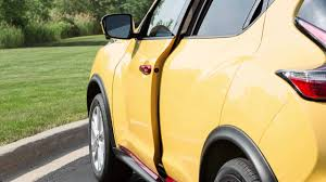 nissan juke yellow spoiler 2016 nissan juke power moonroof youtube