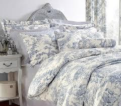 Ideas For Toile Quilt Design Vintage Bedroom Design With Blue Toile De Jouy Duvet Cover