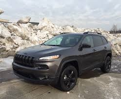 jeep cherokee black with black rims review 2016 jeep cherokee latitude delivers affordable capability
