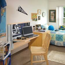 Diy Student Desk by Decorations Students Use To Learn Easier