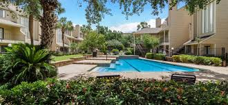 apartments in west houston tx with a swimming pool