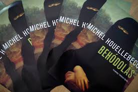 mona lisa dons niqab for hungarian version of houellebecq novel