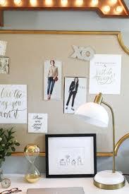 how to organize greeting card mementos