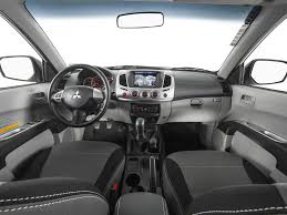 Car Picker Mitsubishi L200 Interior Images