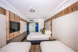 Ibis Budget Sydney Airport Deals  Reviews Mascot AUS Wotif - Sydney hotel family room