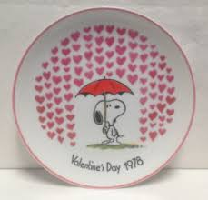 snoopy valentines day vintage peanuts snoopy s day 1978 collector plate