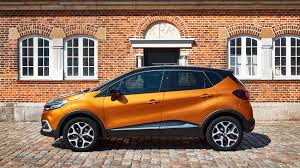 captur renault black renault captur signature s nav tce 120 2017 review by car magazine