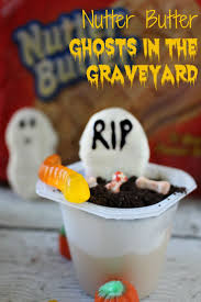 Easy To Make Halloween Snacks by 482 Best Halloween Desserts And Treats Images On Pinterest