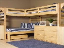lit superpose bureau comment faire un lit mezzanine du bois pour deux avec bureau
