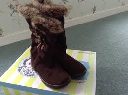 womens boots perth white stuff brown suede and fur s boots size 5 25
