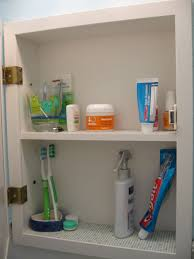 minhus medicine cabinet makeover