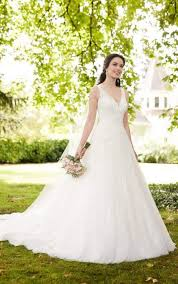 wedding dress gallery gown wedding dress with keyhole back martina liana bridal gowns