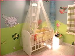 voilage chambre b chambre jumeaux collection et charmant chambre bébé jumeaux images