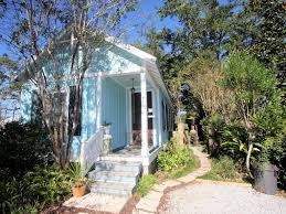 Katrina Cottage Boomas Cottage Affordable And Adorable Vrbo