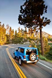 driving a jeep wrangler drive 2012 jeep wrangler thedetroitbureau com