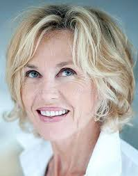 60 hair styles 24 beautiful short hair styles for over 60 s wodip com