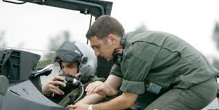 bureau de recrutement militaire l armée de l air recrute des militaires mécaniciennes et mécaniciens
