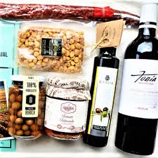 Food Gift Boxes The Finest Spanish Food And Wine Combination In A Gourmet Gift Box