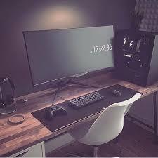Computer Desk Setup Best 25 Desk Setup Ideas On Pinterest Computer Setup Gaming