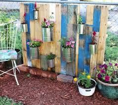 Pallet Garden Decor 25 Trending Vertical Pallet Garden Ideas On Pinterest Pallet