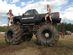 monster trucks racing in mud 14 000lbs meets hill n hole pirate4x4 com 4x4 and off road forum