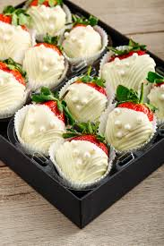 White Chocolate Covered Strawberries By Chocolate Dipped Strawberry Delights At Netflorist Get It Online