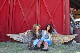 Sikes by Gypsy Queens Amie And Jolie Sikes Share Love Of Junk In New Book