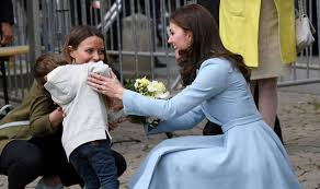 duchess of cambridge kate sends cute boy squirming in luxembourg